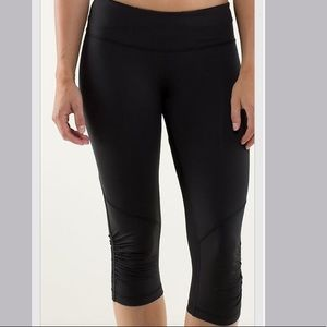 Lululemon Run for your Life Crop Leggings
